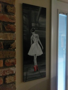 red-shoe-ballerina-on-wall2